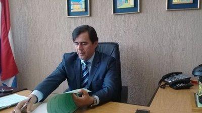 Renunció juez Ayala Brun