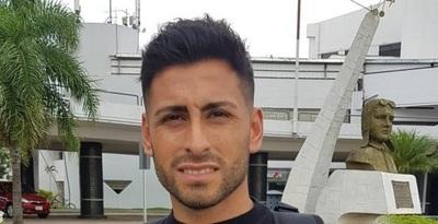 Carrizo llegó a Paraguay para sumarse a Cerro