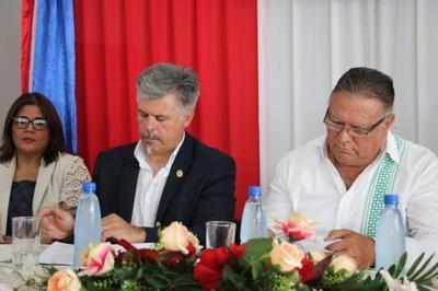 Senad y gobernación de Caaguazú firman convenio para prevenir y tratar adicciones