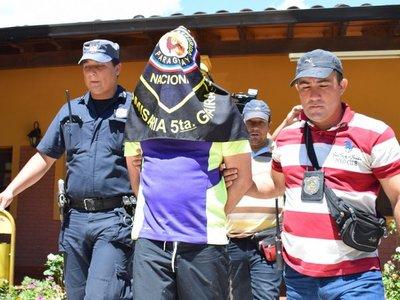 Papo Morales ingresa a penitenciaría de Villarrica