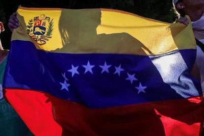 Abdo Benítez y el primer ministro canadiense conversaron sobre la crisis en Venezuela