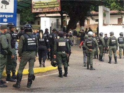 Detienen a 27 militares involucrados en alzamiento contra Maduro