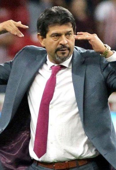 Con doble revisión del VAR, Guadalajara gana