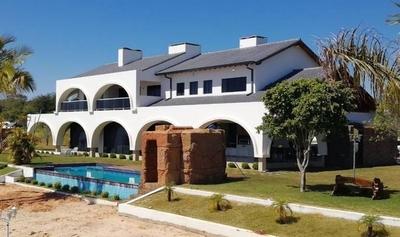 """HOY / Lujosa """"Hacienda Nápoles"""" del supuesto narco """"Cucho"""" pasará a ser un balneario"""