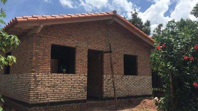 Reportan avance en construcción de viviendas en distintos departamentos