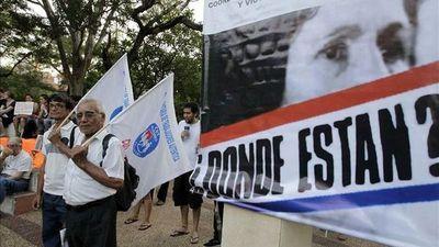 Paraguay pide memoria, juicio y castigo a 30 años de la caída de Stroessner