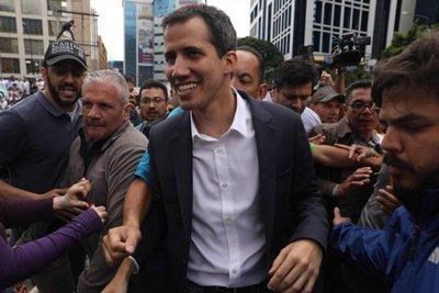 """Once países del Grupo de Lima reconocen a Guaidó como """"presidente encargado"""""""