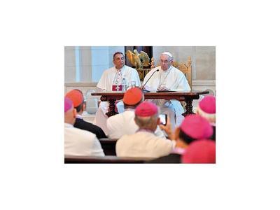 El Papa pide evitar el sufrimiento a los venezolanos