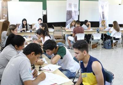 Al menos 5.490 jóvenes pugnarán por becas Itaipú