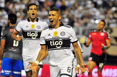 Olimpia derrotó 2-0 a Sportivo San Lorenzo por la segunda fecha del torneo Apertura. Richard Ortiz y Tabaré Viudez anotaron los goles del campeón que marcó una buena diferencia en lo futbolístico sobre su rival.