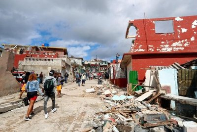 Cuatro muertos y 195 heridos en La Habana por tornado más violento en 80 años