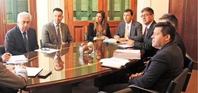 Avanzan trabajos de coordinación para fortalecer política energética del país