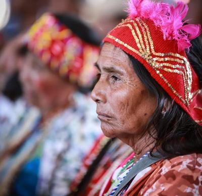 Mandatario entrega a los pueblos indígenas histórico protocolo de consulta y consentimiento libre