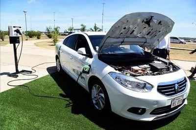 Autos eléctricos representan menos del 1% del parque automotor