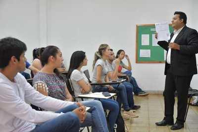 Más de 5.200 postulantes a becas Itaipu serán evaluados el próximo 8 de febrero