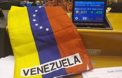Parlamento Europeo reconoce a Juan Guaidó como presidente de Venezuela