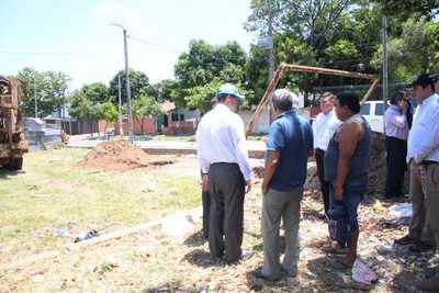 Suscriben convenio para paliar problemática de falta de agua
