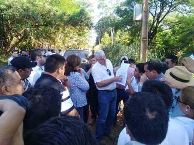 Wiens anuncia licitación para asfaltar tramo Puentesiño- Bella Vista Norte