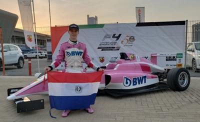 HOY / Ondea la tricolor en lo más alto de la Fórmula 4