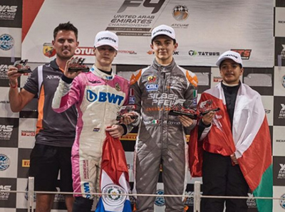 Joshua Duerksen finalizó segundo en la última carrera de Fórmula 4, en Yas Marina