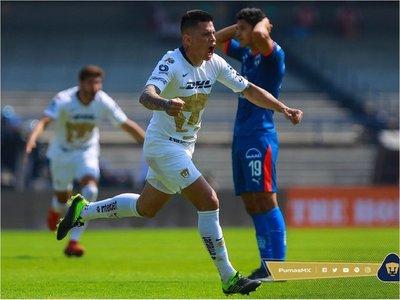 Iturbe rescata empate de Pumas ante el líder