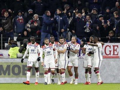 Lyon provoca la primera derrota del PSG