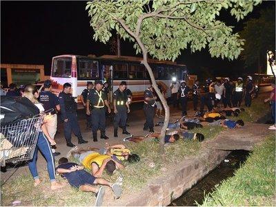 Más de 20 hinchas de Luque detenidos por disturbios