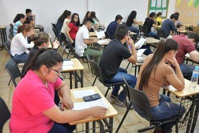 Postulantes a las becas Itaipú rendirán este viernes pruebas de competencias básicas