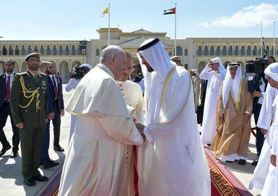 Histórica misa del Papa en Emiratos Árabes Unidos