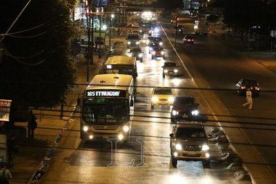 Piden cumplimiento de servicio de buses en horario nocturno