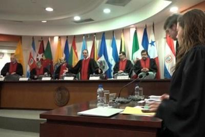 Jorge Seall destaca trabajo de jueces de la CorteIDH