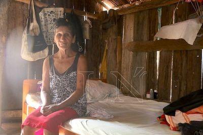 En Caazapá, campesinos e indígenas se rebuscan por comida