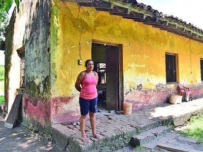 Primer barrio cerrado del país clama restauración