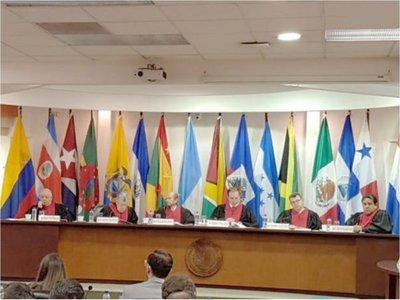 Los integrantes de la Corte IDH son  ilustres académicos de la región