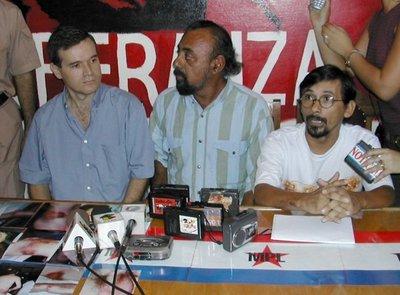 Ministro anuncia querella contra Cristina Arrom
