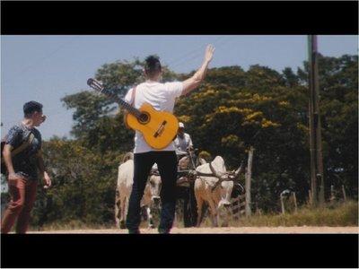 Néstor Ló y los Caminantes estrenan  video de Mamama