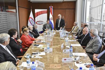Canciller anuncia creación de Consejo Consultivo de Empresas