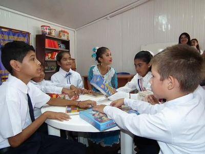 Instalarán más de 200 aulas prefabricadas en escuelas con problemas edilicios