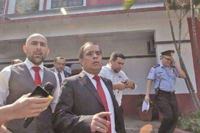 Fiscalía ratifica acusación contra ex intendente de Lambaré