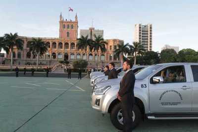 Ministerio de la Defensa Pública presentó nuevos vehículos para oficinas regionales