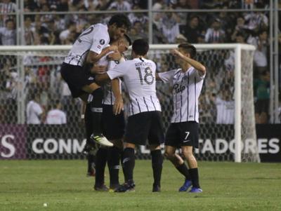 Libertad avanza en la Copa tras aplastar al The Strongest