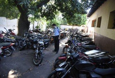 Policía incautó en Asunción cerca de un centenar de motocicletas en situación irregular