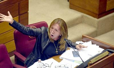 Cuestionada senadora Zulma Gómez amedrentó a concejales