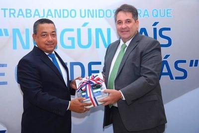 Paraguay firmó cooperación técnica aeronáutica con República Dominicana