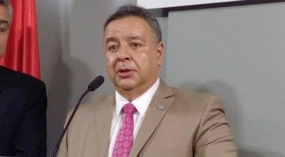 Ministro de Inteligencia demanda a hermana de Arrom
