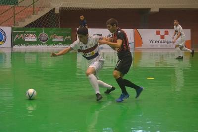 Altoparanaenses ganan en nacional de futsal