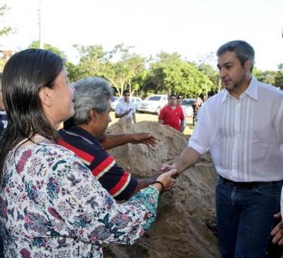 Familias de Yaguarón mejorarán condiciones de vida mediante viviendas otorgadas por el Gobierno