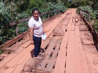 Temor ante peligro de derrumbe de puente en Caaguazú