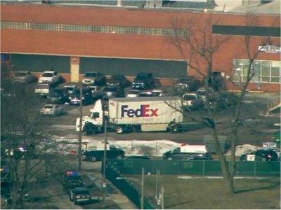 Al menos 4 policías heridos en un tiroteo cerca de Chicago