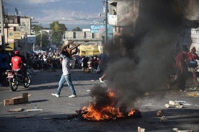 Se complican las protestas en Haití